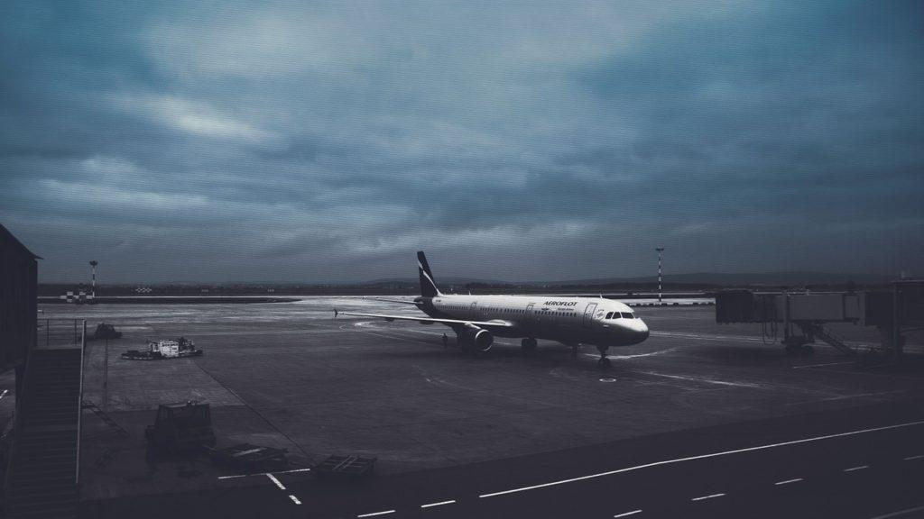 aeropuerto, vnukovo, avión